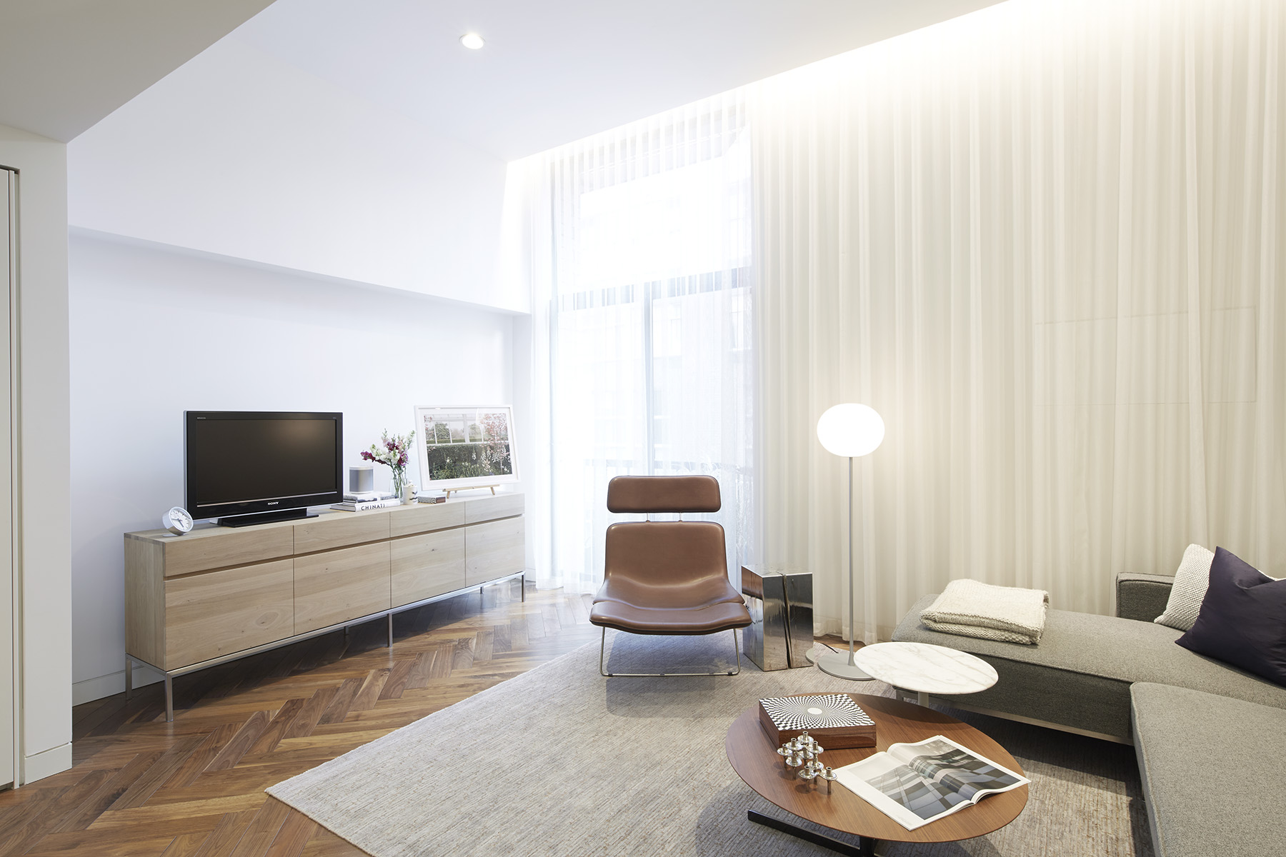 STADT Architecture, Gramercy Apartment, Cappellini, ABC Home, Walnut Floors, Fornasetti, STADT